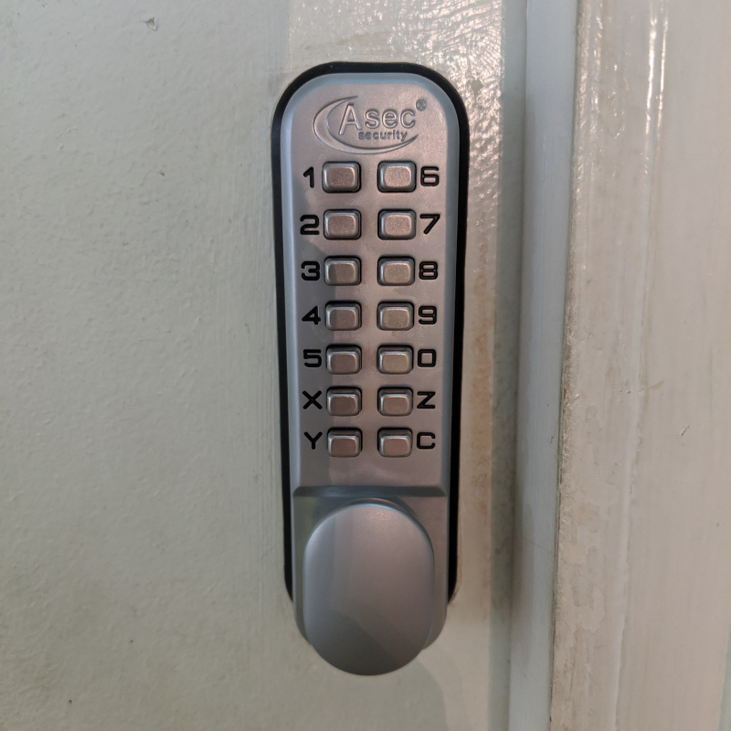 Digi code lock fitted by First Choice Locksmiths Exeter